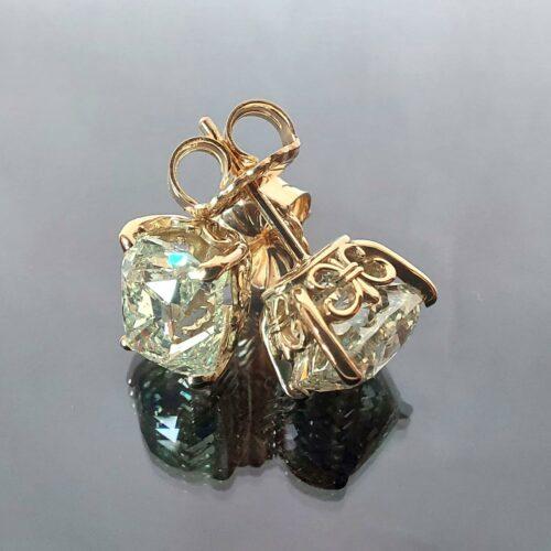 Örhängen i 18K guld med Diamanter