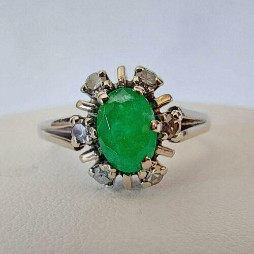 Vintage Ring i 18K vitguld med Smaragd och Diamanter