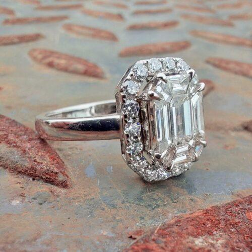 Vintage Ring 18K Vitguld med Diamanter och Safirer
